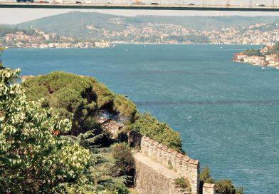 Gözlerin İstanbul Oluyor Birden- Yavuz Bülent BAKİLER