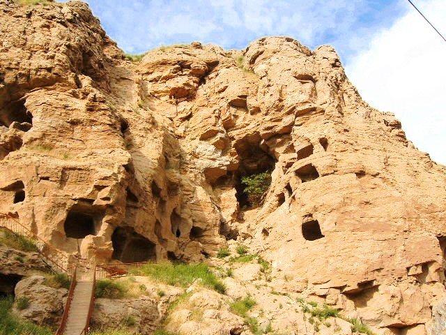 Tödürge Mağaraları
